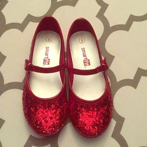 Red ruby slippers, oh my!